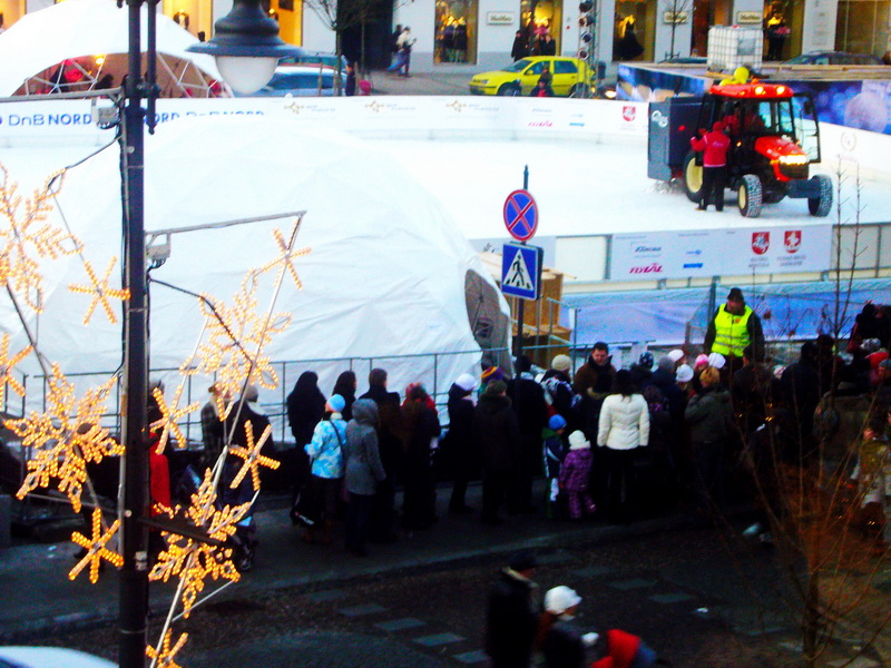 Vilnius – European Capital of Culture 2009   Portable Domes for Events