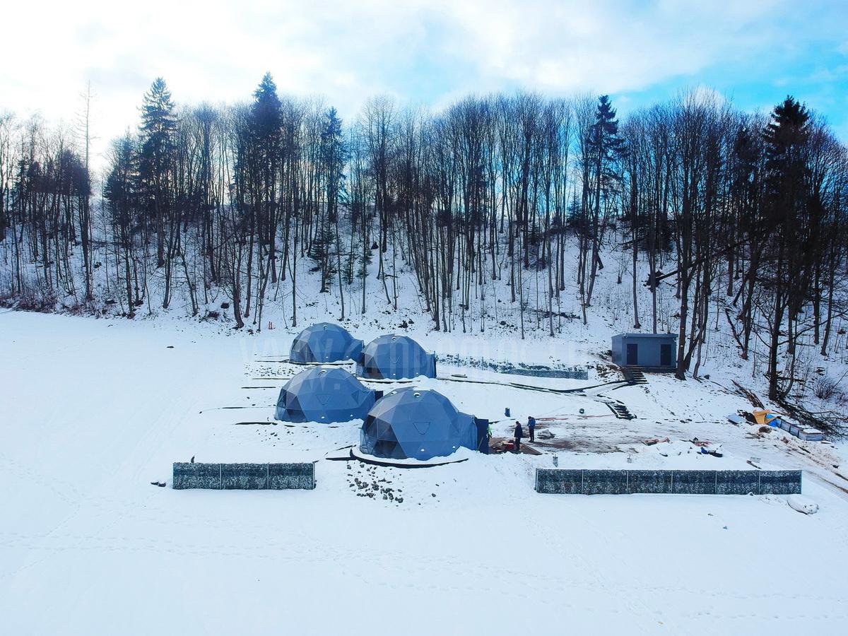 Glamp Royal Resort – Zakopane, Poland | Domes 35m² Ø6,7m