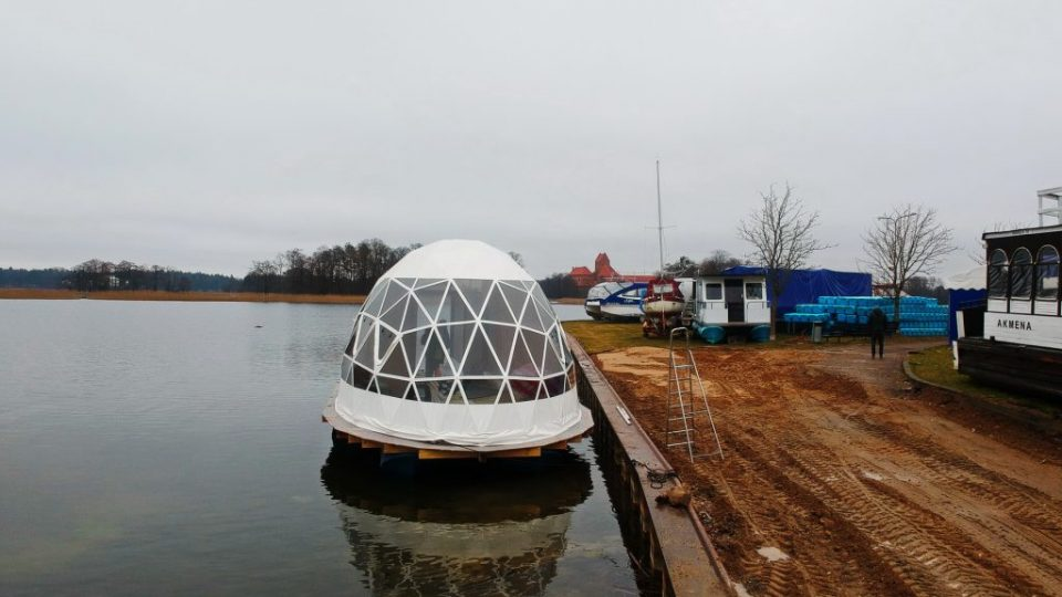 Glamping_Float_Dome_Trakay_17